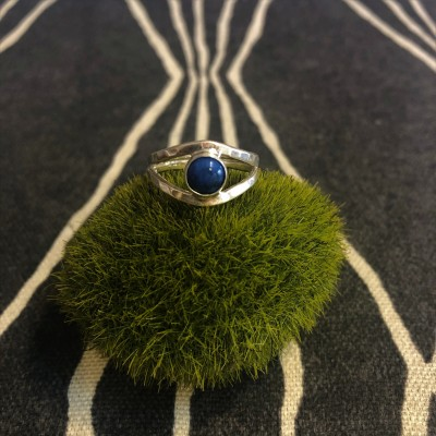 Lapis Split Shank Ring