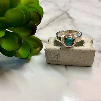 TINY ROSE CUT TURQUOISE RING