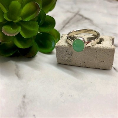 silver tiny Chrysoprase ring
