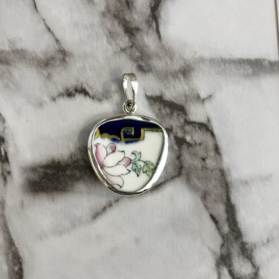 Ancient Chinese Garden Chaney Pendant