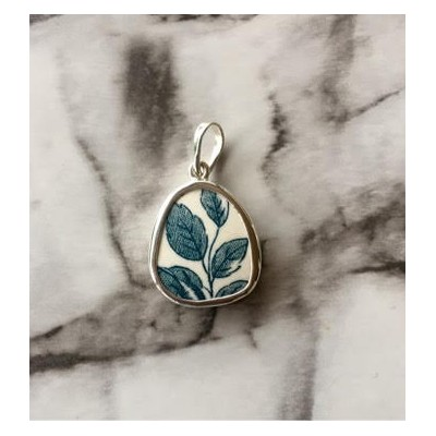 teal vine chaney pendant