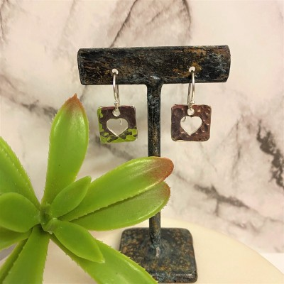 OPEN HEART SQUARE EARRINGS