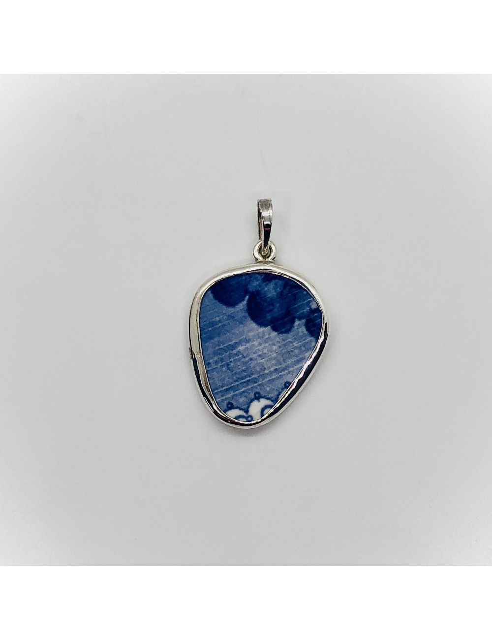 Stormy Day Chaney Pendant