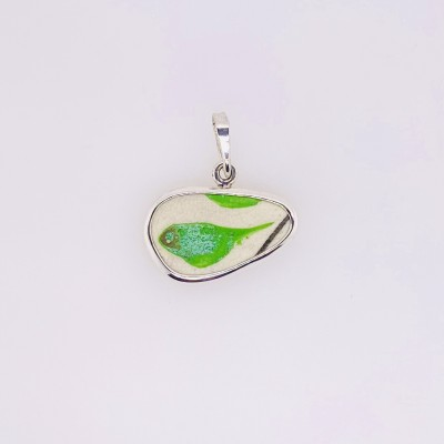 Avocado Chaney Pendant
