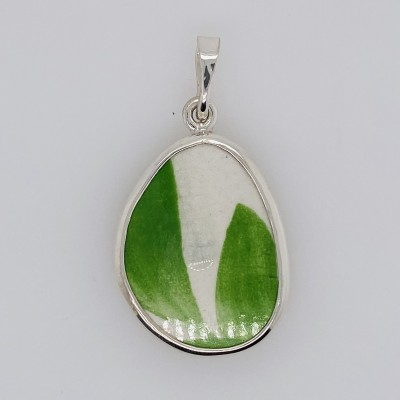 Simple Green Chaney Pendant